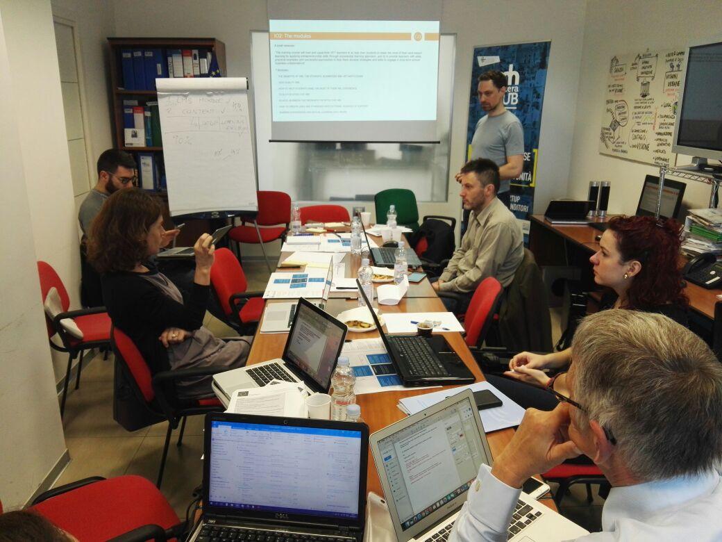 Formare docenti e studenti all'imprenditoria e al mondo del lavoro con il progetto Promote WBL